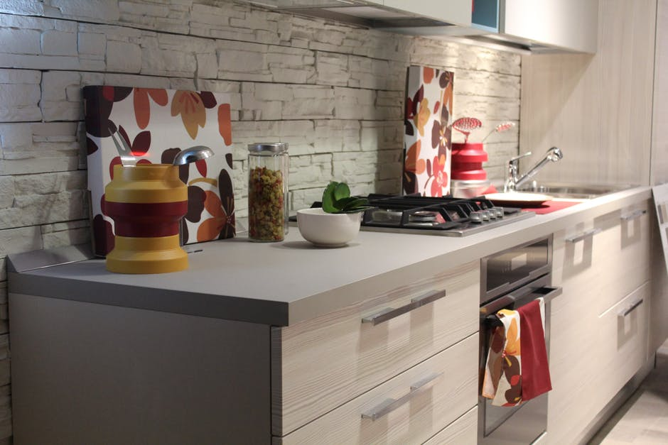 5 Ways to decorate your Kitchen In Your Apartment | Realtech ...